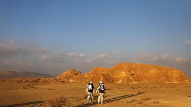 Israeli_scientists_participate_in_an_experiment_simulating_a_mission_to_Mars_in_Israel