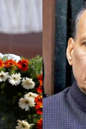 To counter Modi's discourse, Rahul Gandhi shares Rajnath Singh's video lauding Nehru's commitment to Indian majority rule government