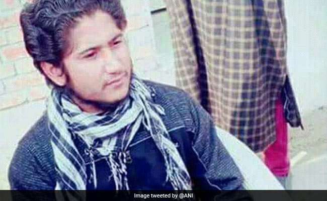 Pak Terrorist Escapes During Firing Outside Srinagar Hospital, Cop Killed