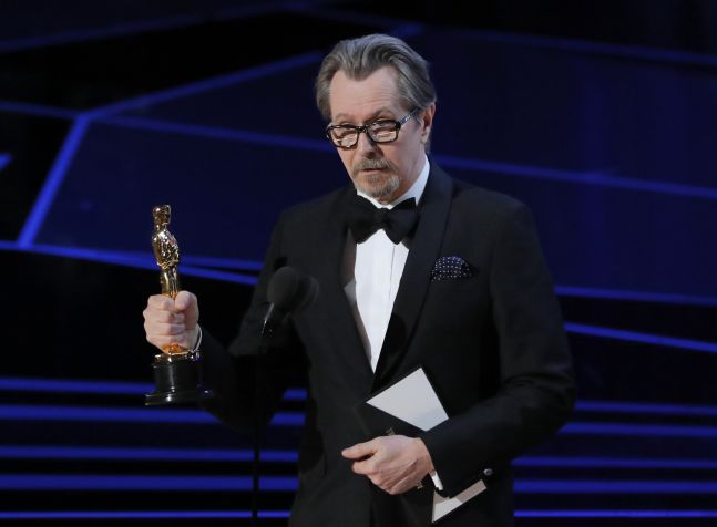 Gary Oldman with his Best Actor Oscar