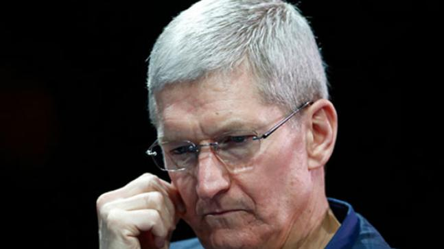 Apple CEO Tim Cook says he doesn't commit errors like Zuckerberg, pummels Facebook protection approaches