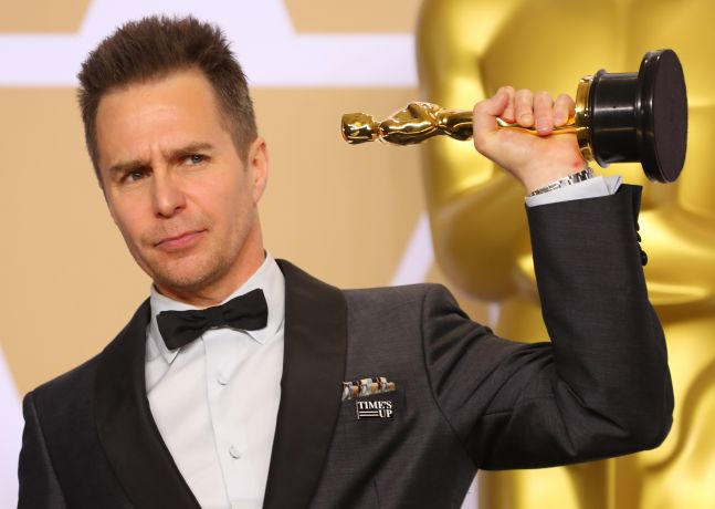 Sam Rockwell with his Best Supporting Actor Oscar
