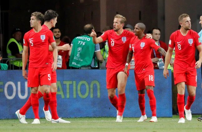 England scored late to beat Tunisia 2-1 in their 2018 FIFA World Cup opener