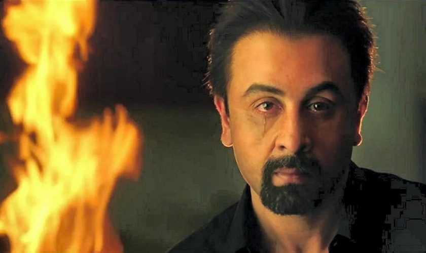 SANJU Review - An Emotional Tribute to Bollywood Bad Boy