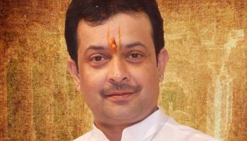 Bhaiyyu Maharaj Commits Suicide By Shooting Himself In Head