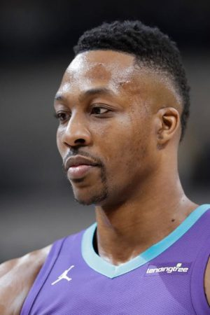 Dwight Howard: Reasons Why People Hate