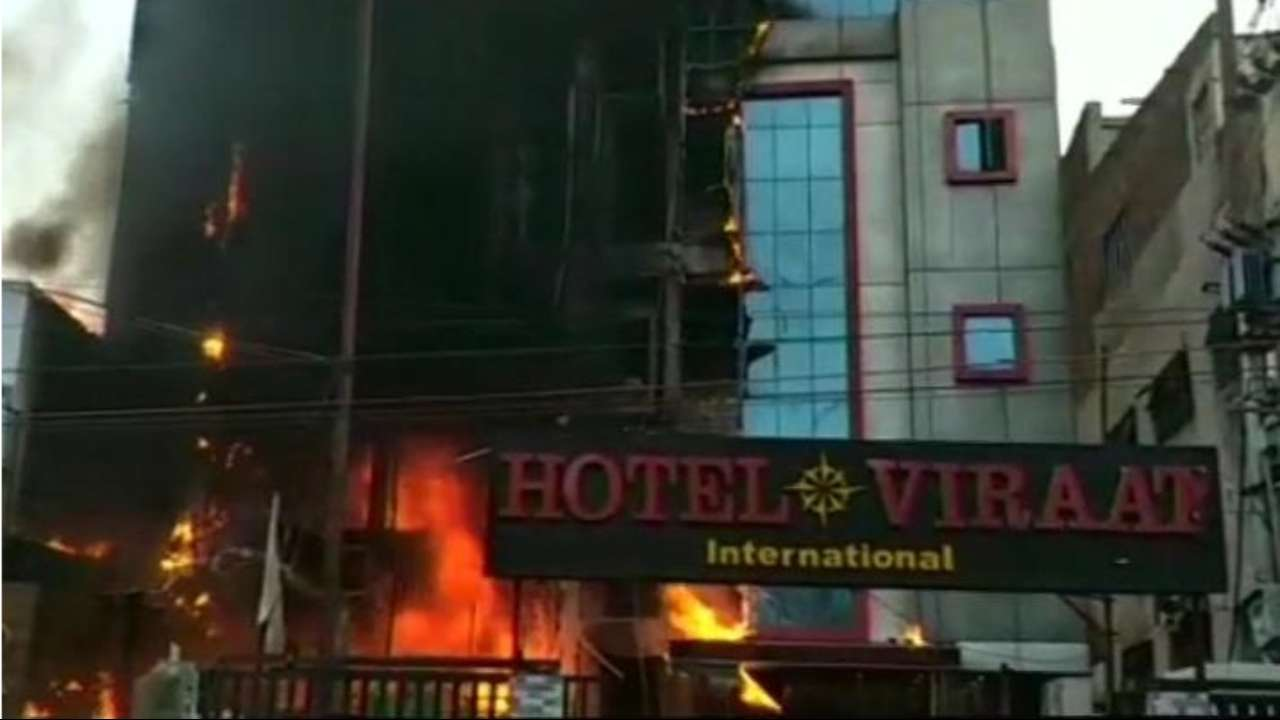 5 Dead In Major Fire At Hotel In Lucknow, 1 Among Them Is A Child