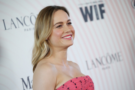 Brie Larson Posts Wrap Photo Of Marvel Cinematic Universe's Next Upcoming - Captain Marvel