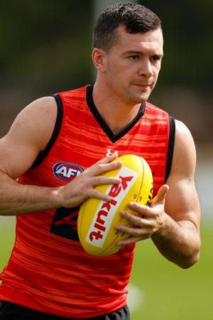 AFL Live : Essendon's Cornor Mckenna tested Covid positive