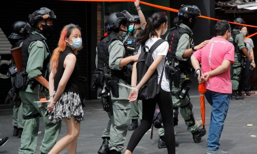 Hong Kong : First arrests under China's 'unlawful' anti-protest act