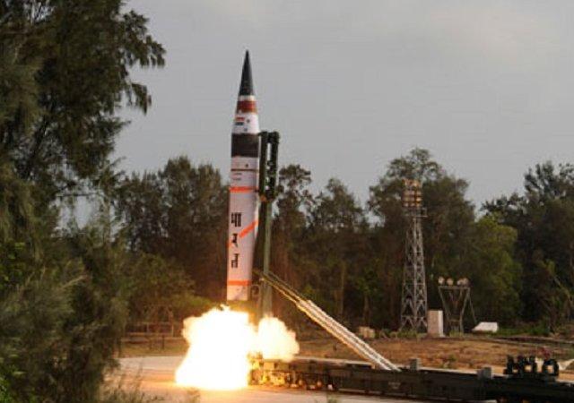 India test-fires atomic competent Agni-II rocket