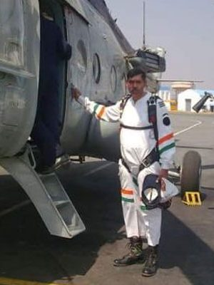 Air Force Officer In Delhi Caught Giving Info To ISI Spy Who Faked Affair