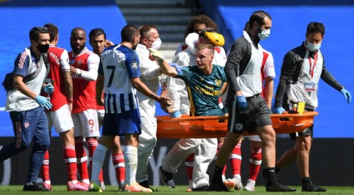 Premier League : Arsenal goalkeeper Bernd Leno Stretchered, Brington won by 2-1