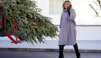 Melania Trump welcome White House Christmas tree last time video