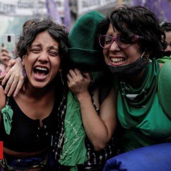 Argentina abortion legalisation bill passes key vote