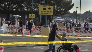 High winds force closure of Disneyland vaccine site for a 2nd day