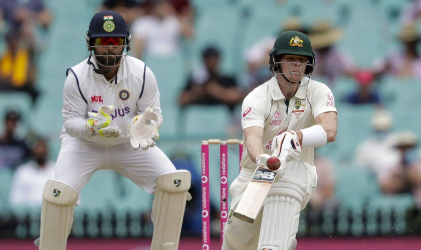 India 96-2 after day 2 of 3rd test; Smith scores century