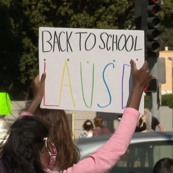 'Zoom is not school': Parents, students rally for schools to reopen in West L.A.