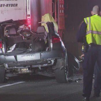 Fatal crash prompts lane closures on 101 Freeway through Sherman Oaks