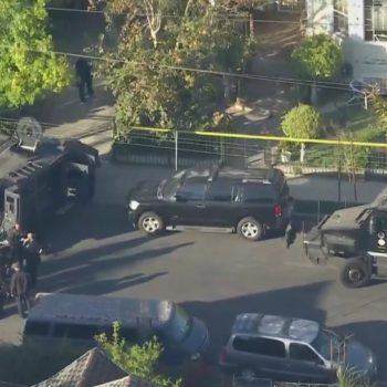 Officer shot in face, gunman killed by police during SWAT situation in University Park: LAPD