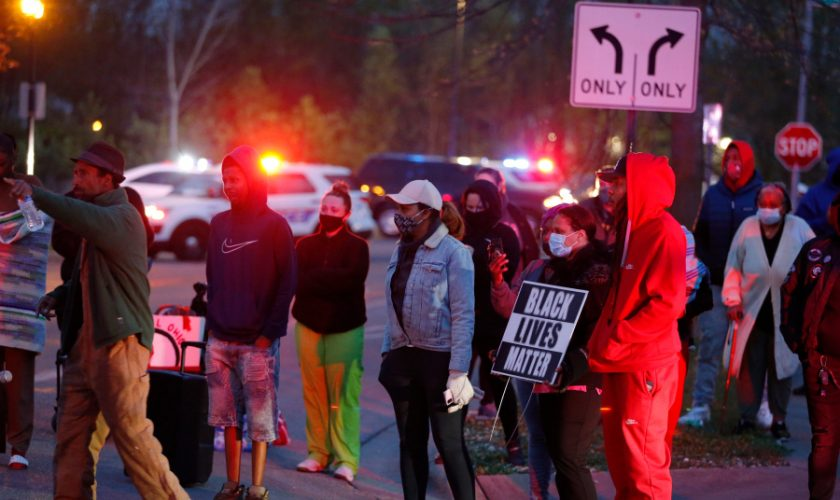 Police shoot, kill Black teenage girl holding knife in Columbus; bodycam video released