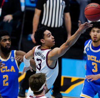 UCLA Bruins face off with Gonzaga Bulldogs at NCAA Tournament Final Four