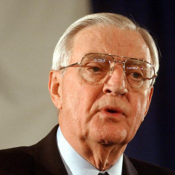 Walter Mondale, Jimmy Carter's vice president, dies at 93