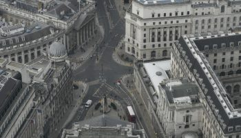 Bank of England maintains rates, voices optimism on recovery