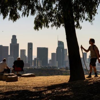 California sees its population fall for the 1st time in state's history