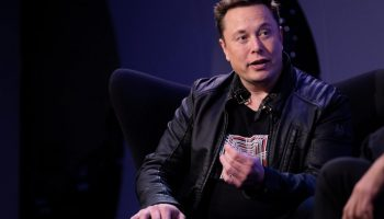 Elon Musk announces 'SNL' international livestream