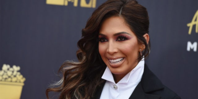 'Teen Mom' alum Farrah Abraham suggested Chrissy Teigen go to therapy after the former model's past tweets bullying female stars went viral.
