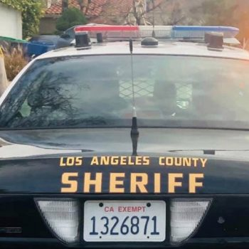 Los Angeles County sheriff's deputy charged with sexually abusing teenage niece