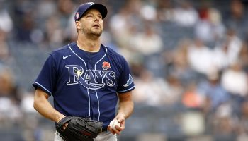 Rays win for 16th time in 17 games, Hill beats Yankees 3-1