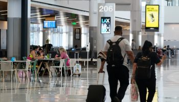 Travel picking up at LAX ahead of Memorial Day weekend