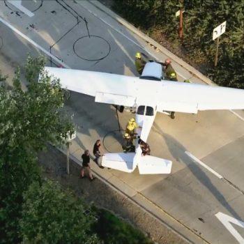 Plane makes emergency landing on 101 Freeway in Agoura Hills area