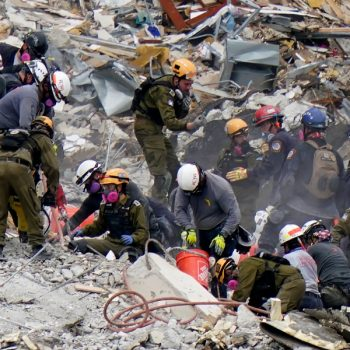 90 deaths confirmed in Florida condominium collapse, mayor says