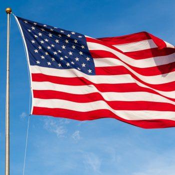 Illinois restaurant owner fighting fine for flying American flag: report