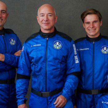 Jeff Bezos headed to space on Blue Origin's 1st flight with people on board
