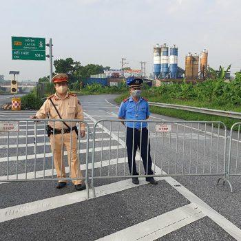 Vietnam locks down capital Hanoi for 15 days as cases rise