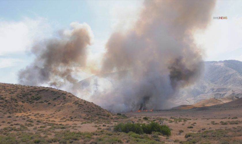 'Hungry Fire' near 5 freeway in Gorman burns 340 acres, 30% contained